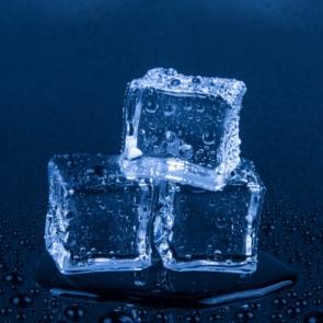 ice-cubes-1462092800S1o